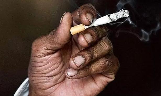 电子烟能否代替香烟呢,看看这些资料,你怎么想
