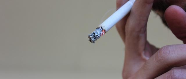 三十五年烟龄突然戒烟,这4种方法帮助你成功戒掉香烟