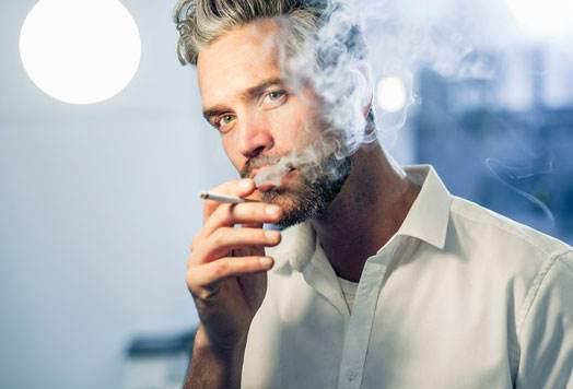 """不让投香烟广告是保护烟草行业?从""""第一性原理""""看营销逻辑"""